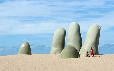 Uruguay trabaja para superar récord de visitas de turistas extranjeros al país
