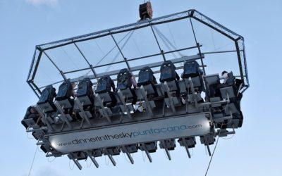 Cómo vivir la experiencia de cenar en una plataforma a 45 metros de altura
