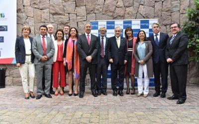 Piñera reiteró compromiso con flexibilidad laboral en desayuno del turismo