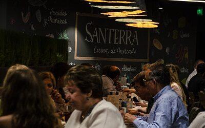 Santerra sorprende a turistas y viñamarinos con espectacular buffet