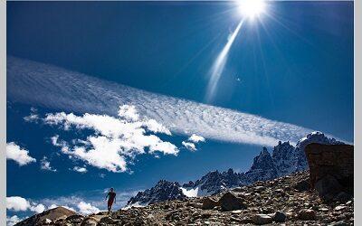 """Imagen """"Trekking a Cerro Castillo"""" ganó Concurso de Fotografía de APTUR Chile"""