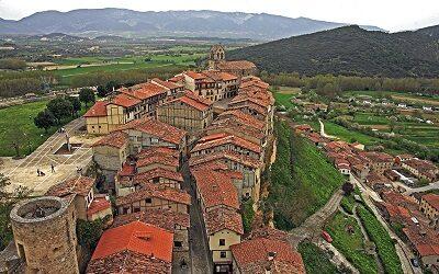 Frías, una pequeña ciudad con grandes atractivos en Castilla y León, España